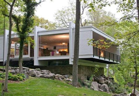 Mid Century Modern Homes for Sale