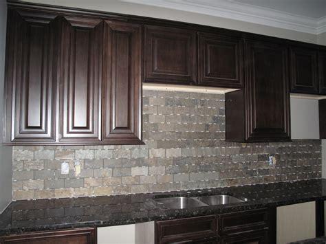 Kitchen Design Ideas For A Gray Tile Backsplash Saura V