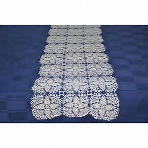 Set De Table Au Crochet : grand chemin de table blanc en dentelle au crochet art textile pinterest ~ Melissatoandfro.com Idées de Décoration