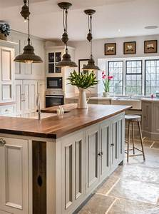 8, Cottage, Style, Kitchens, With, Oak, Cabinets