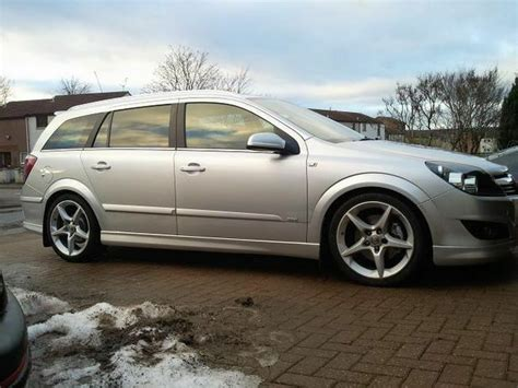 Opel Astra Estate by Vauxhall Opel Astra H Estate Side Skirts Opc Vxr