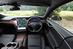 Tesla Model S interior & comfort | DrivingElectric