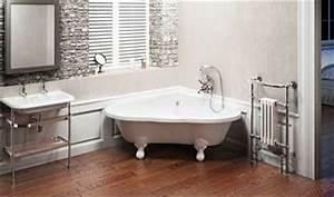 Petite Baignoire Retro : salle de bain zen avec petite baignoire d 39 angle ~ Edinachiropracticcenter.com Idées de Décoration