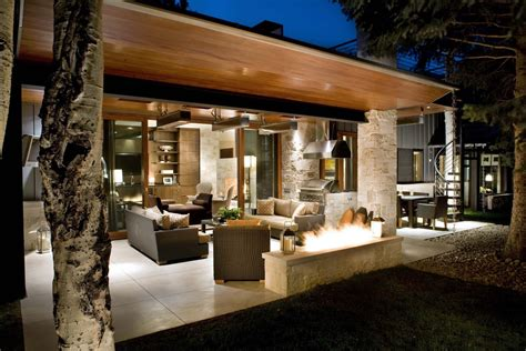 Outdoor-fire-pit-ideas-patio-contemporary-with-covered