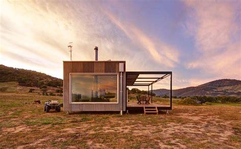 tintaldra cabin  modscape exists autonomously  rural australia