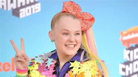 jojo siwa makeup recalled  testing positive