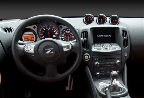 nissan 370z interior first official photos of new 2009 nissan 370z it s your