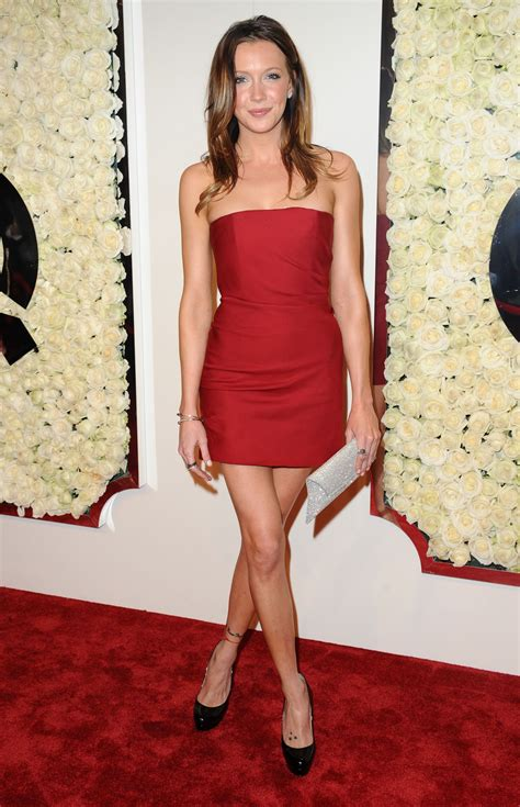 david cassidy sexy katie cassidy looks sexy and beautiful in her red dress