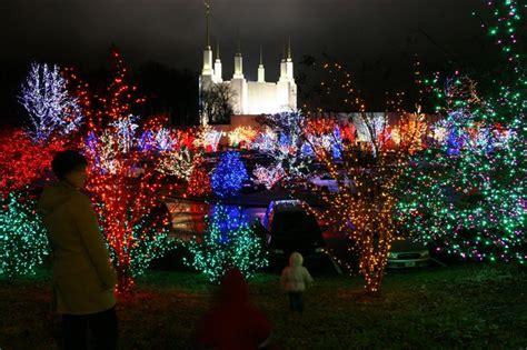 washington dc christmas lights family dc temple lights photos aaron titus jennifer