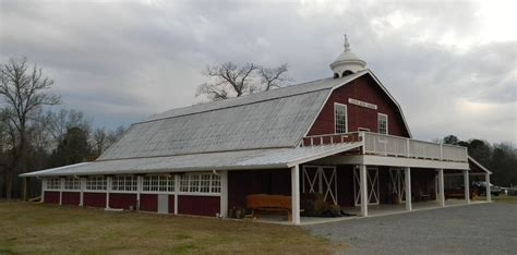 10 Charming Event Barns In Alabama