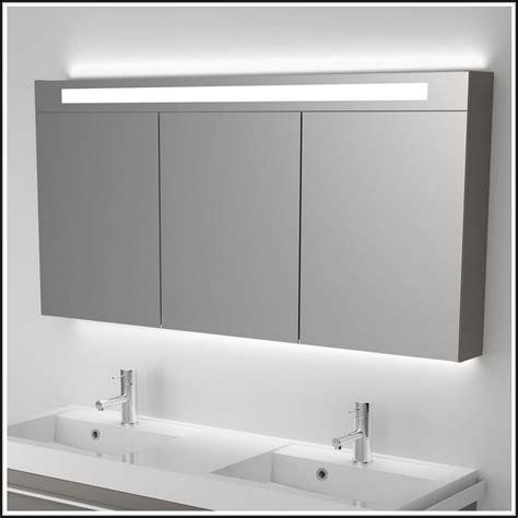 badspiegel mit led beleuchtung und radio beleuchthung