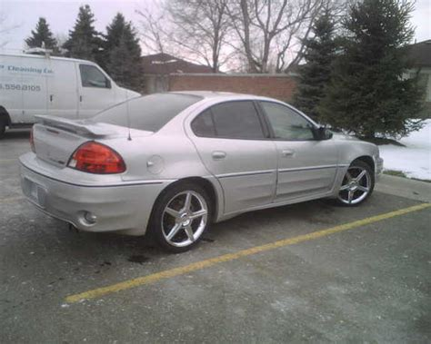 Petziecola 2003 Pontiac Grand Am Specs, Photos