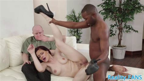 Cuckolding Redhead Pounded By Big Black Cock Porn Videos