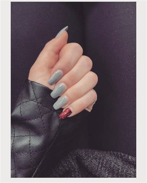 manicure inspiration ideas   classy nail designs