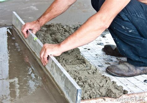 what are the pros and cons of an exposed aggregate driveway