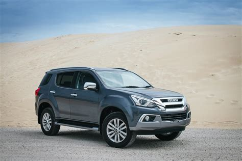 Classified as a passenger pickup vehicle (ppv) in thailand, the second. Isuzu MU-X (2018) Specs & Price - Cars.co.za