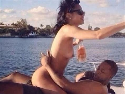 Rihanna Sex Tape Leaked From Her Phone Free Video