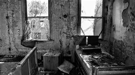 abandoned buildings   located   rust belt
