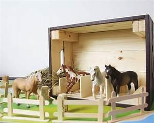 Holzbox Selber Bauen : pferdestall selber bauen aus einer ikea holzbox pferdestall selber bauen und ikea ~ Whattoseeinmadrid.com Haus und Dekorationen