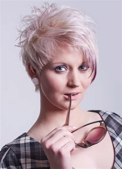 damen kurzhaarfrisuren blond