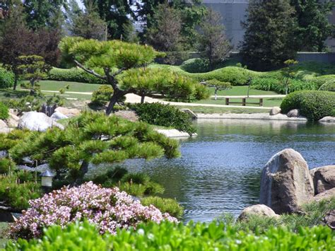 a tour of the nuys japanese gardens