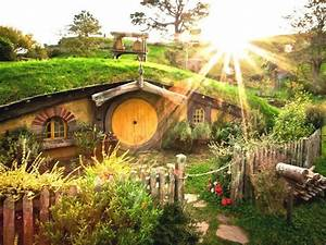 How to Create a Proper Hobbit Hole in Your House