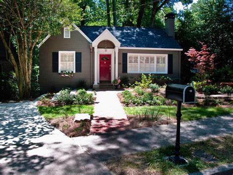 Small Front Yard Curb Appeal  Home Design