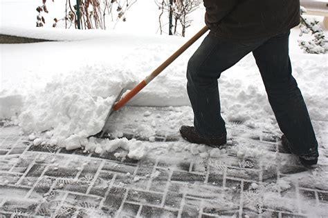 winterdienst streu und raeumpflicht von vermieter und