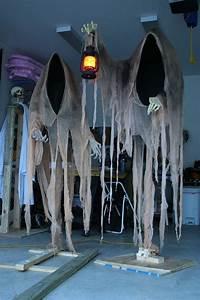 Deco Halloween Diy : best 25 halloween ghost decorations ideas on pinterest diy ghost decoration diy halloween ~ Preciouscoupons.com Idées de Décoration
