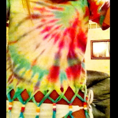 Oooo I Wanna Cut Up My Tie Dye Shirts Like This Soooo Me
