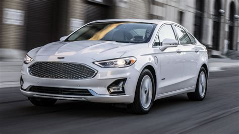 News  Ford Reveals 2019 Fusion Sedan, Debuts Copilot 360