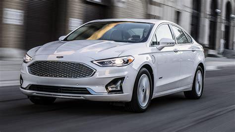 News - Ford Reveals 2019 Fusion Sedan, Debuts Co-Pilot 360