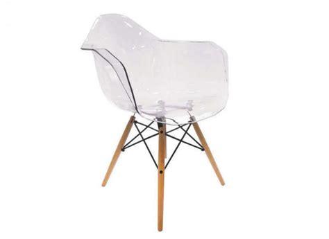 chaise medaillon transparente pas cher chaise design pas cher inspirational chaises pliantes pas cheres camellia chaise design