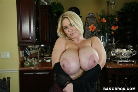 Fat Big Tits Mature Blonde Hardcore Sex And Breasts