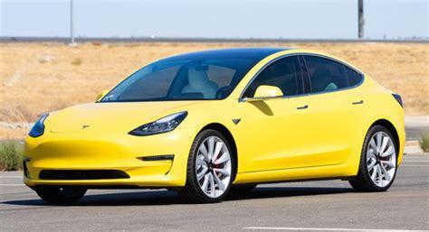 Elektriskais taksometrs - Tesla Model 3 varēs strādāt Ņujorkā - JauniAuto.lv
