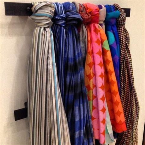 comment ranger ses foulards plus de 1000 id 233 es 224 propos de ranger ses foulards et 233 charpes sur