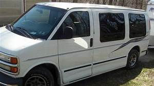 Purchase Used 1999 Chevrolet Express 1500 Base Standard Cargo Van 3