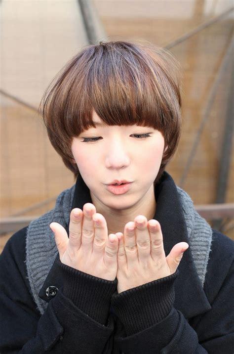 mushroom cut hairstyle   genders hairstylo