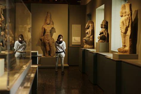 asian art museum rising  put tough days