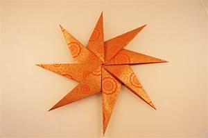 Sterne Aus Papier Falten : faltstern aus 8 zacken kreative sterne aus papier basteln ~ Buech-reservation.com Haus und Dekorationen