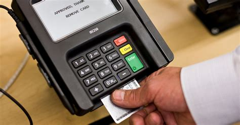 If you use credit cards, you're going to receive credit card bills and will need to know how to pay can you pay a credit card bill with another credit card? Confused by Chip Credit Cards? Get in Line - The New York Times