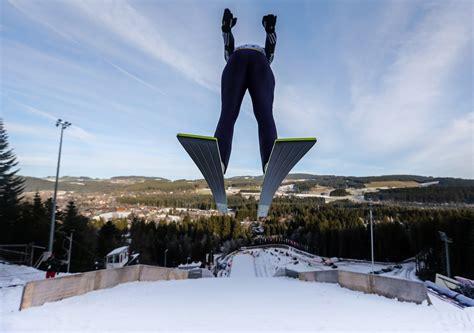 Последние твиты от skispringen.com (@skispringen). FIS Weltcup Skispringen Hinterzarten (GER) - DSV ...