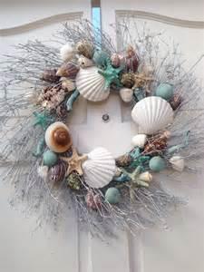 Beach Themed Bathroom Decorating Ideas by Christmas Decorations Wreaths For Bathrooms Livinghouse