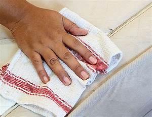 Enlever Tache Matelas Bicarbonate : enlever une tache de sang ancienne comment enlever une tache de sang ancienne tache de sang ~ Melissatoandfro.com Idées de Décoration