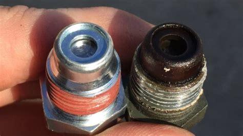 pcv valve     signs   bad pcv valve