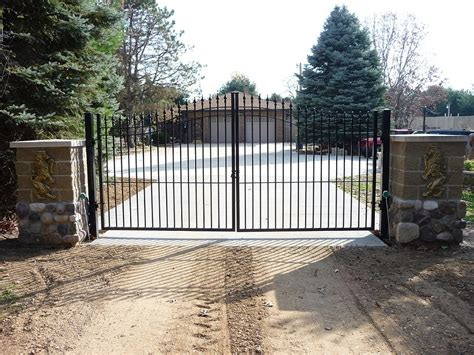 driveway gates aluminum driveway gates