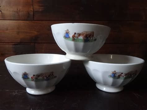 Know these types of french coffee and order like a pro on your next visit to france! Vintage French Cafe au Lait Breakfast Coffee Bowls Set of three circa 1960's Purchase in store ...