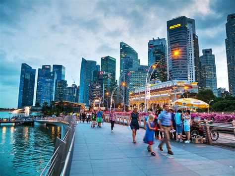 Is it Better to Stopover in Singapore or Perth?   Travel ...