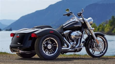 2015 Harley-davidson Freewheeler Trike Makes Appearance