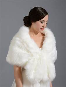 how to choose fall wedding dresses and accessories the With fur wrap for wedding dress